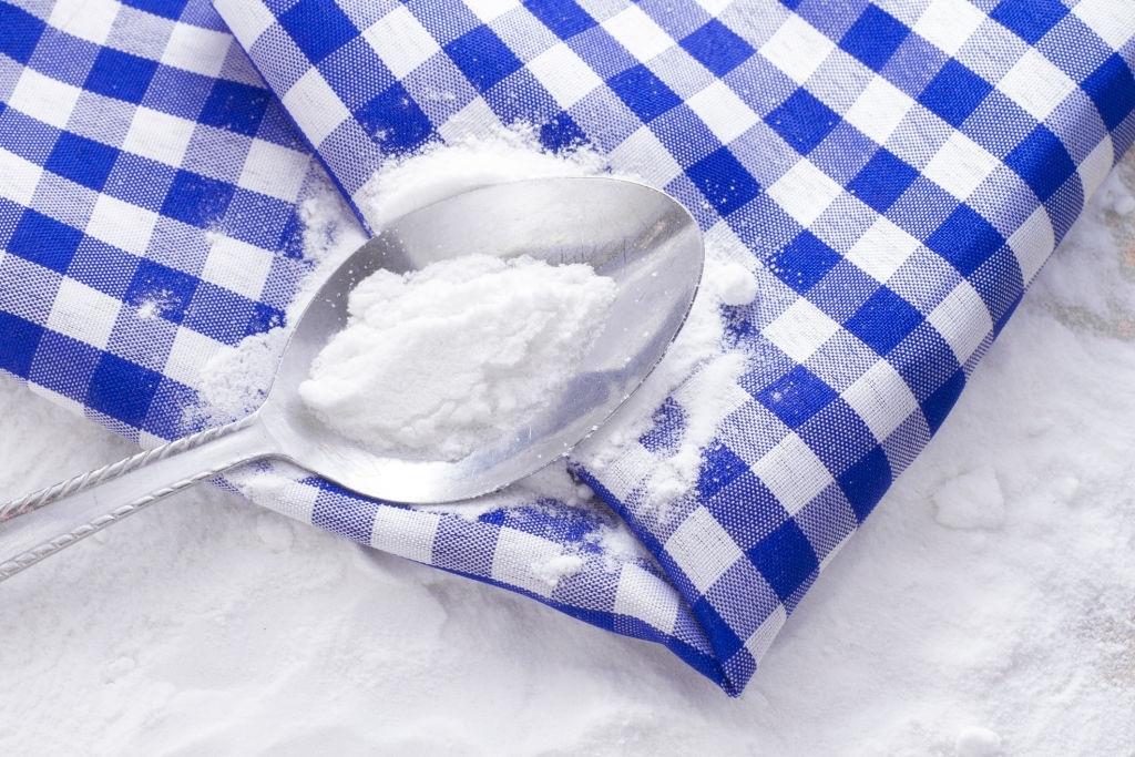 Remove Hair Dye with Bleach Powder